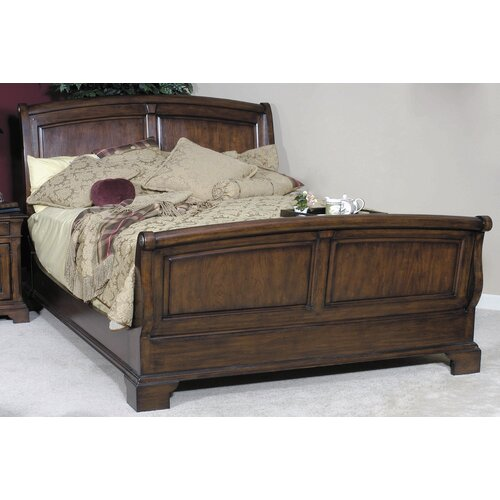 Nottingham Cottage Queen Sleigh Bed