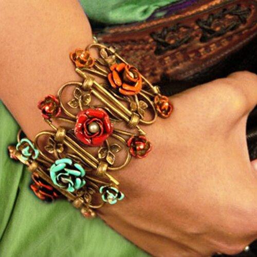 Sweet Romance Rose Trellis Link Bracelet