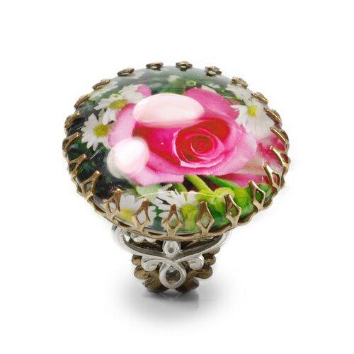 Sweet Romance Rose Ring