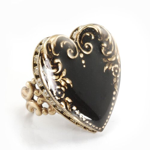 Vintage Heart Crystals Ring