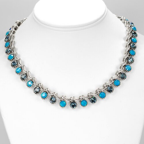 Vogue Collar Crystal Necklace