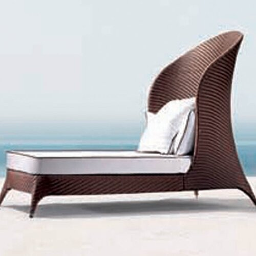 Flora High Back Daybed with Cushions