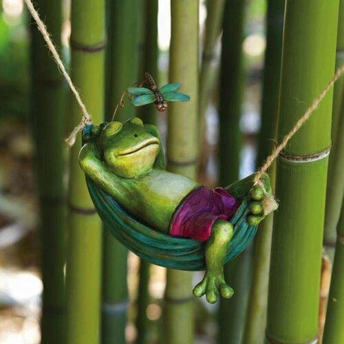 Garden Friends Day Dreamers Frog Statue