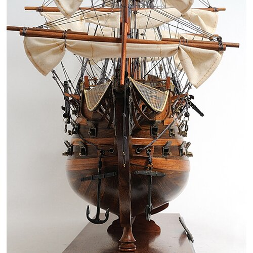 Old Modern Handicrafts HMS Victory Exclusive Edition Model Ship