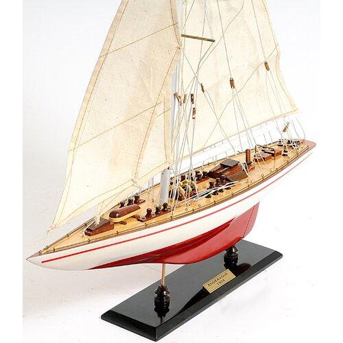 Old Modern Handicrafts Endeavour Model Boat