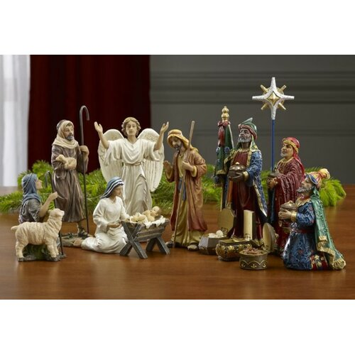 Queens of Christmas 14 Piece Real Life Nativity