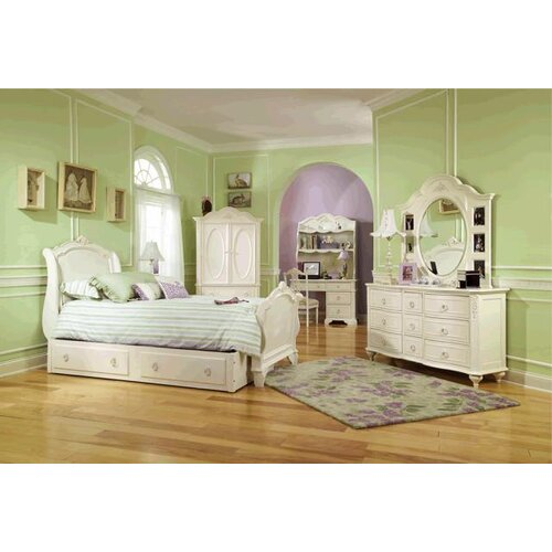 LC Kids Enchantment Nine Drawer Dresser