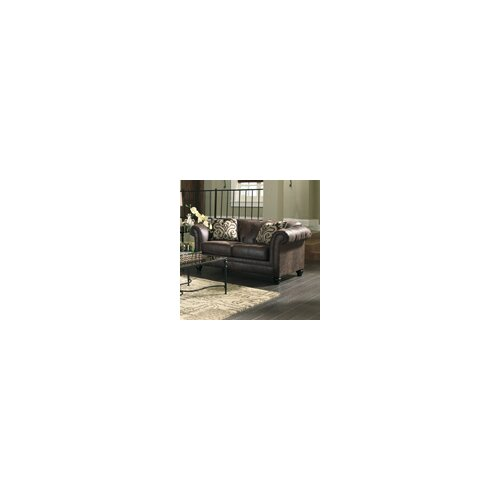 Longdon Place Loveseat