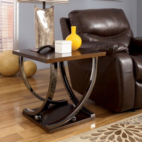 Signature Design by Ashley Rockland End Table