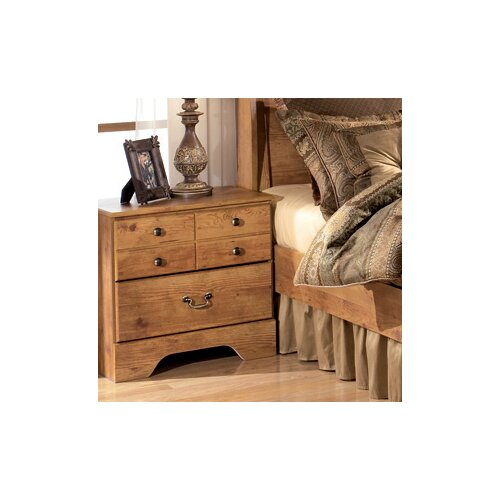 Signature Design by Ashley Atlee 3 Drawer Nightstand