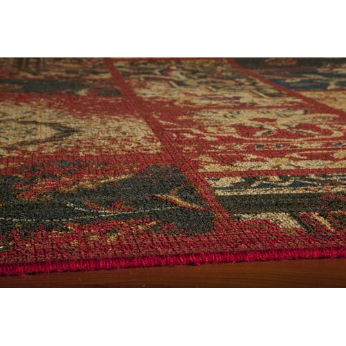 Momeni Vintage Raspberry Patchwork Rug