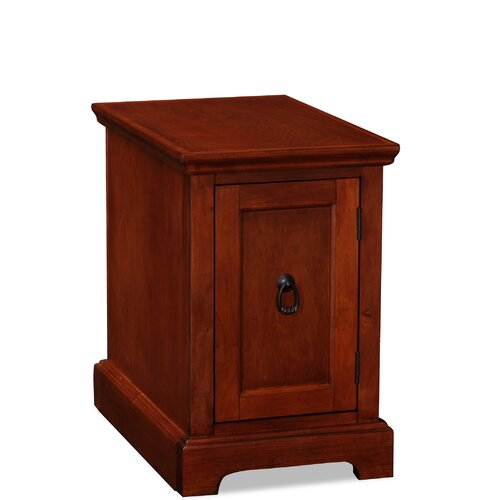 Leick Furniture Riley Holliday Westwood End Table