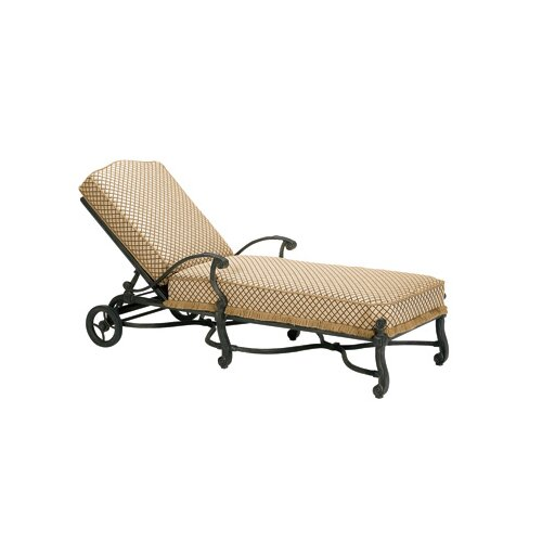 Villa Chaise Lounge with Cushion