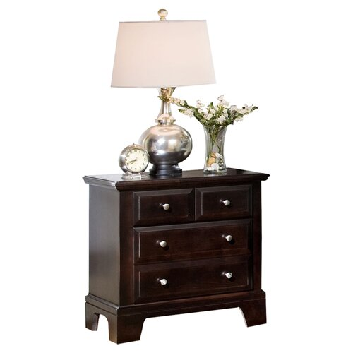 Vaughan-Bassett Hamilton Franklin 3 Drawer Nightstand