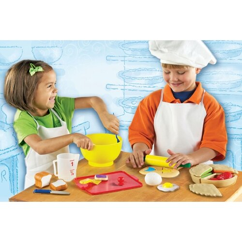 Learning Resources 31 Piece Pretend and Play Bakery Set