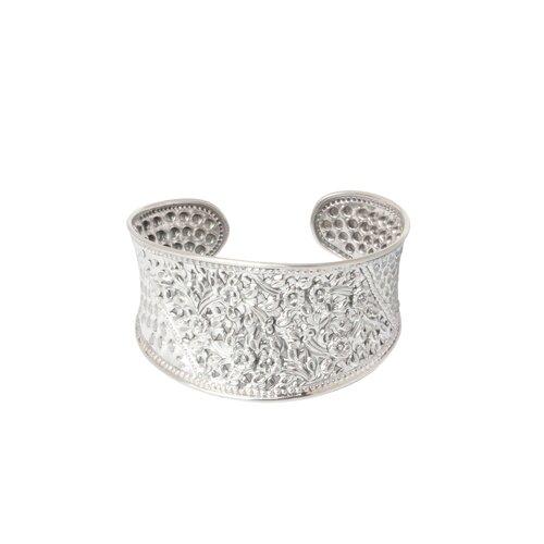 Novica The Achara Artisan Sterling silver Frangipani Forest Flower Bracelet