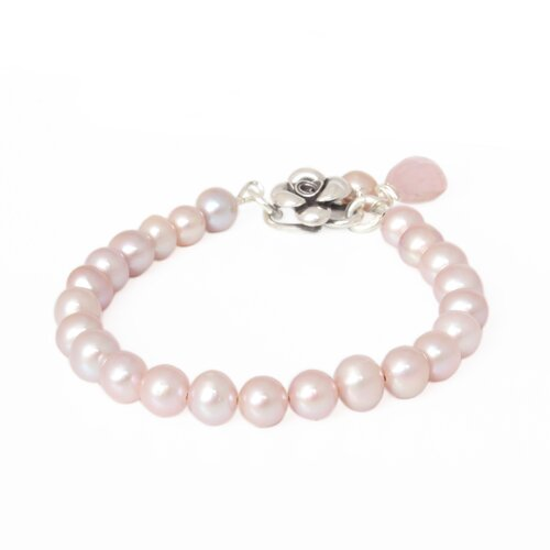 Novica The Khun Boom Artisan Cultured Pearl and Rose Quartz Flower Bracelet