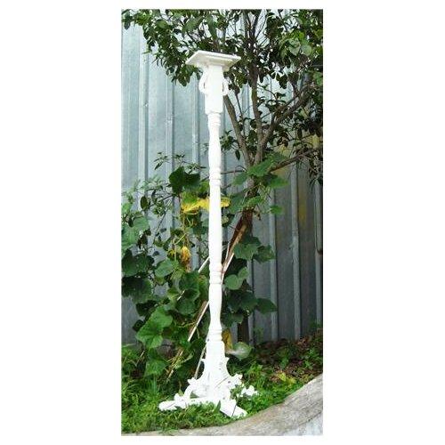 Pedestal Bird House Column with Auger