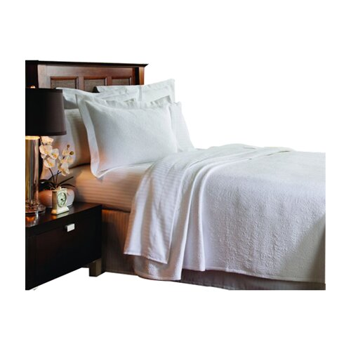 Caravelle Matelassé Season Butterfield Coverlet
