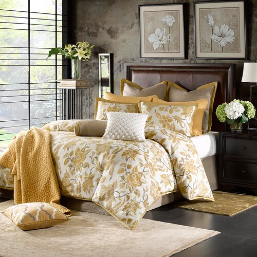Marcella Comforter Set