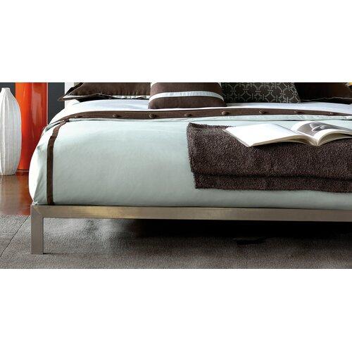 Renae Breeze Button-Tufted Comforter