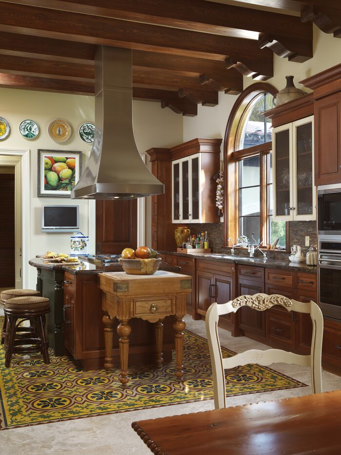 Traditional Kitchen photo by B. Pila Design Studio