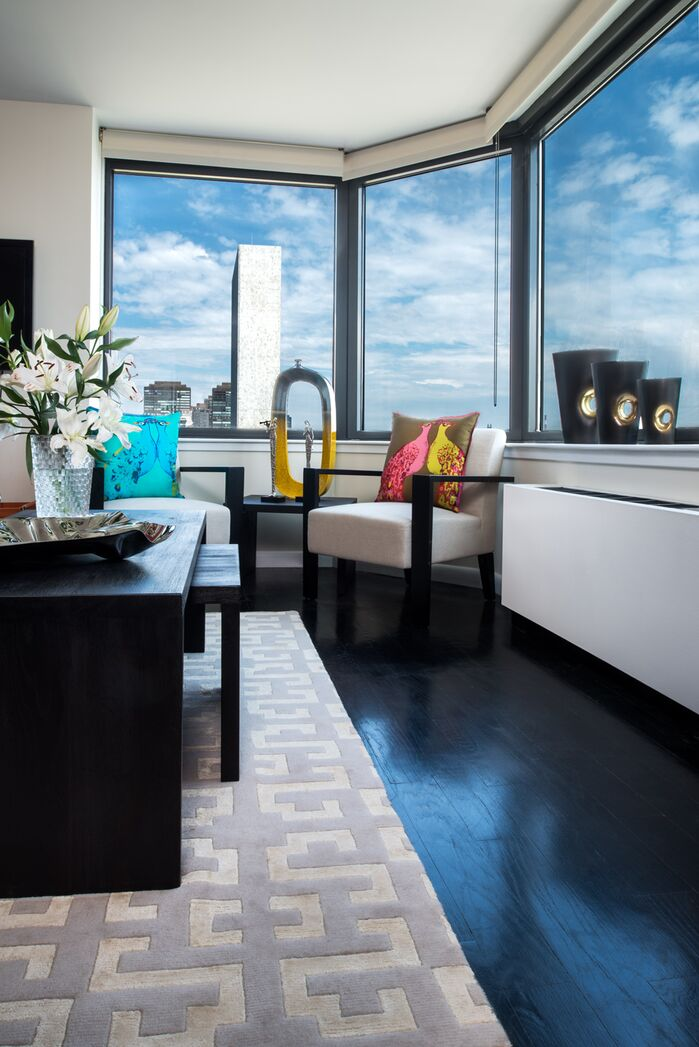 Modern Living Room photo by Tahar Decor