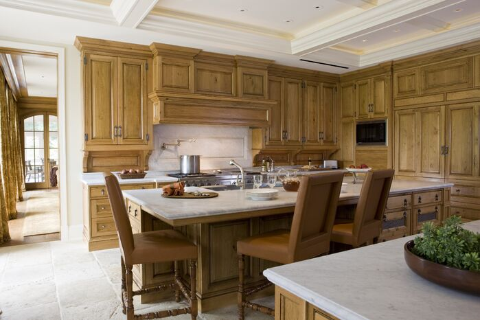Traditional Kitchen photo by SLC Interiors