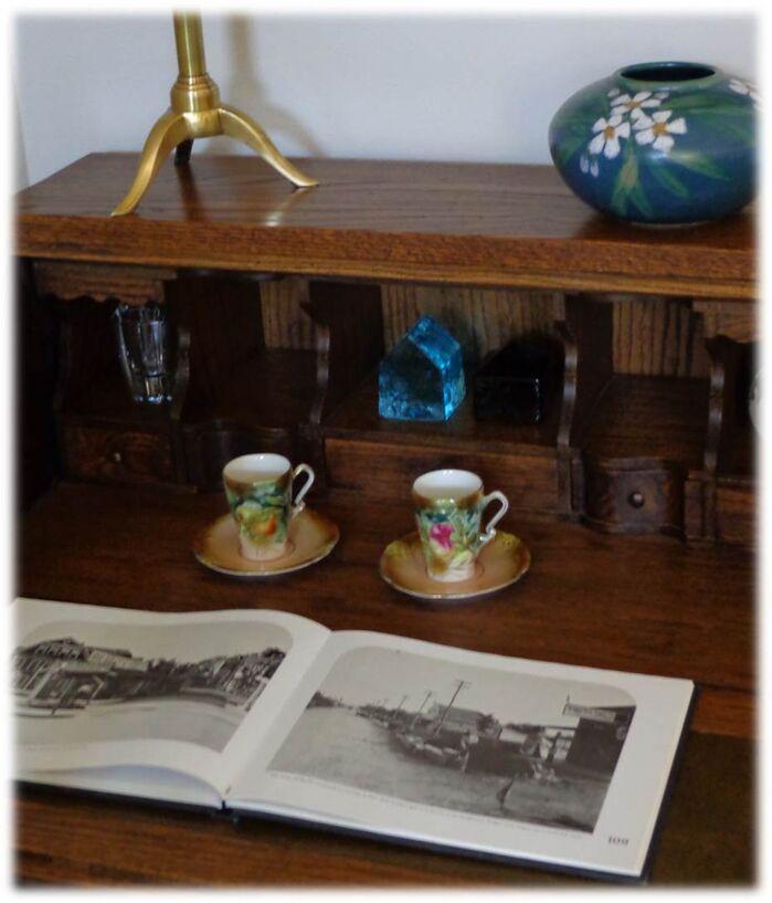 Vintage Living Room photo by DecRenew Interiors