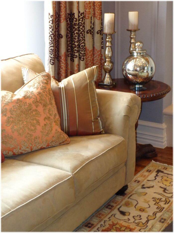 Traditional Living Room photo by DecRenew Interiors