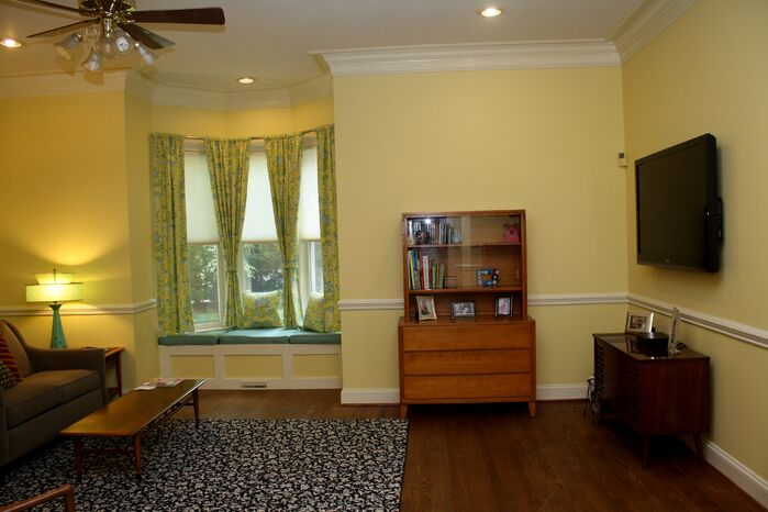 Traditional Home Office photo by Organizing and Design Solution