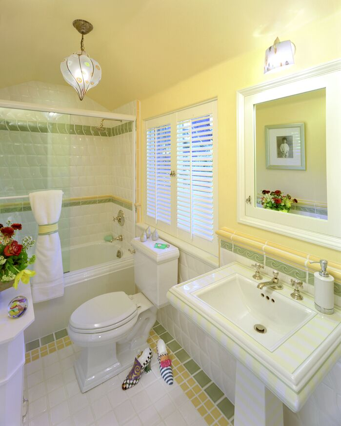 Traditional Bathroom photo by Jan Gunn Designs