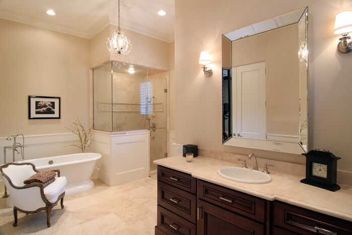 Contemporary Bathroom photo by Roseanette Interior Designs