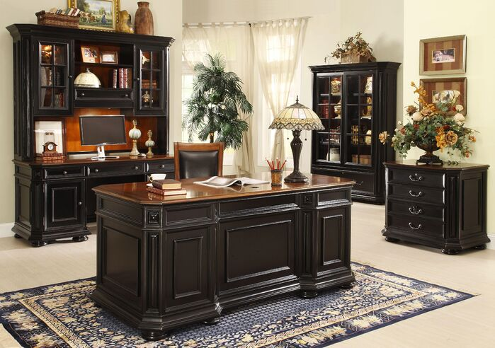 Traditional Home Office photo by Wayfair