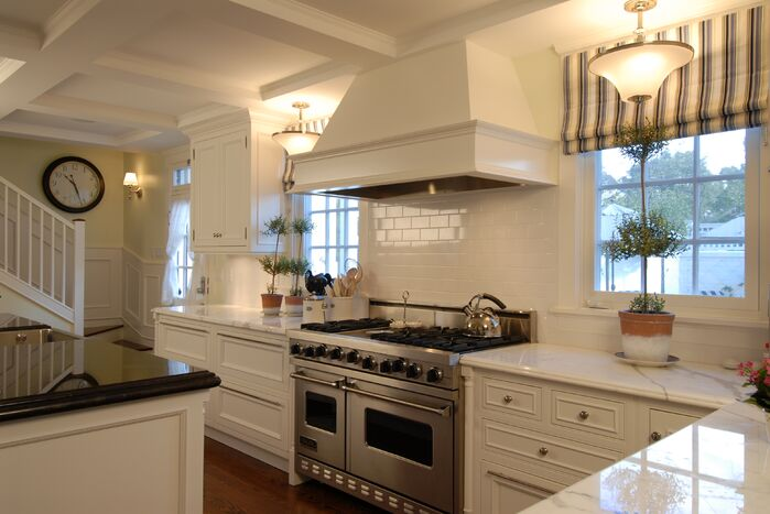 Traditional Kitchen photo by studio Emphasis