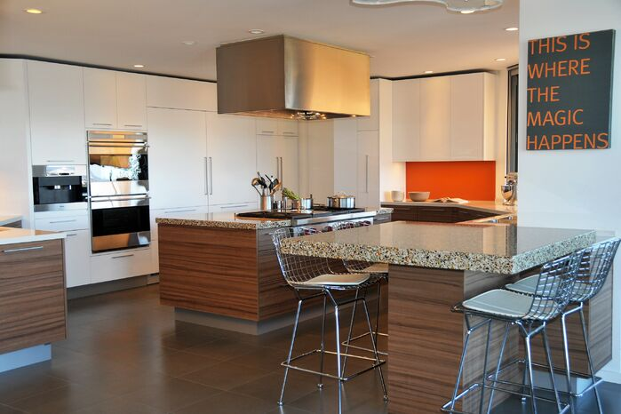 Modern Kitchen photo by studio Emphasis