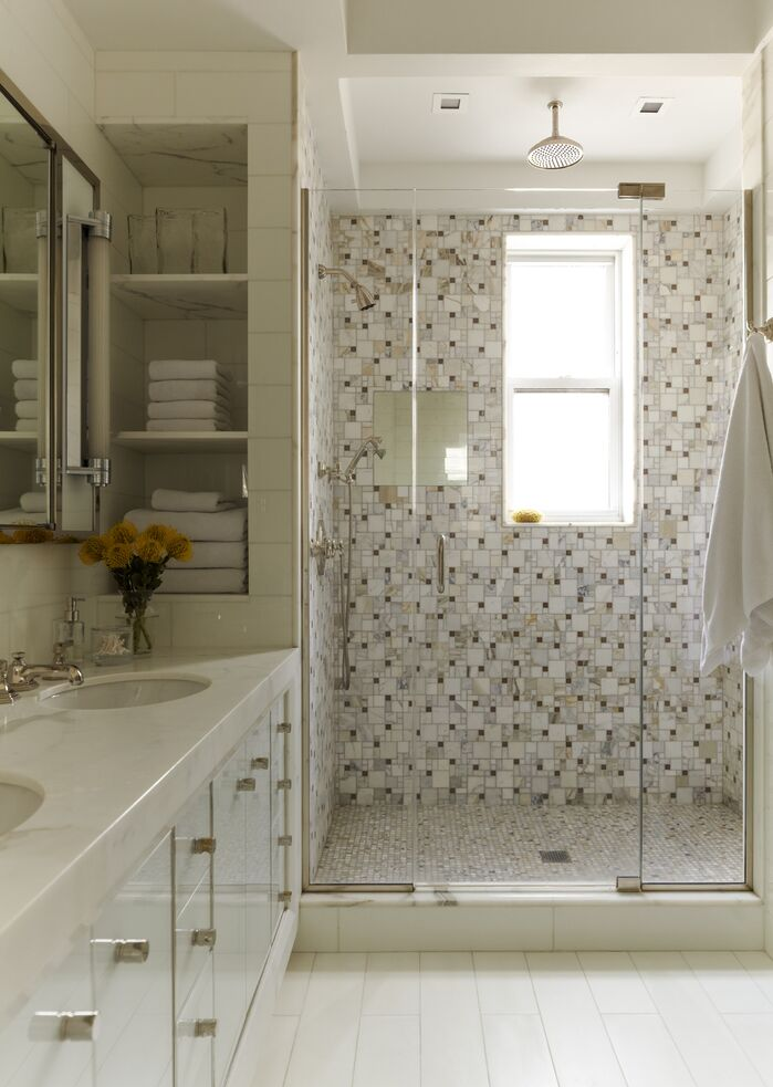 Contemporary Bathroom photo by Mendelson Group