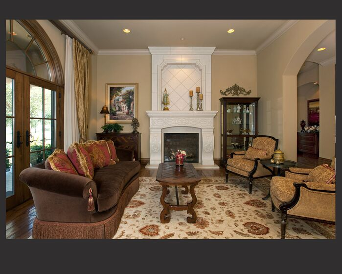 Traditional Living Room photo by Laura Lee Interiors, llc