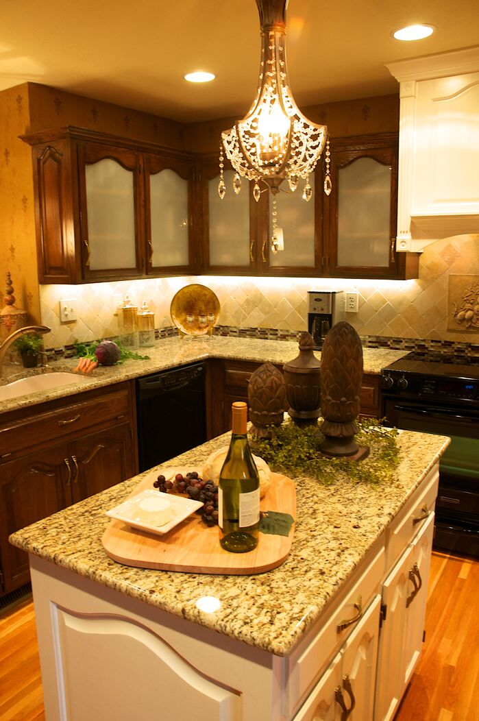 Traditional Kitchen photo by Gina McMurtrey Interiors