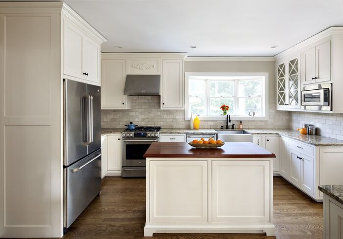 Traditional Kitchen photo by Clean Design Partners