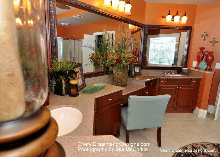 Traditional Bathroom photo by Cheryl Draa Interior Design