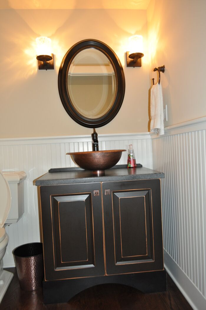 Coastal Bathroom photo by Hamilton Redesigns