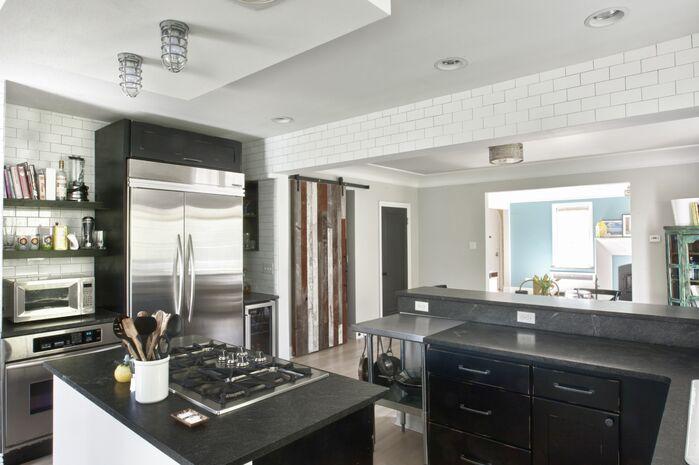 Industrial Kitchen photo by Design Platform LLC