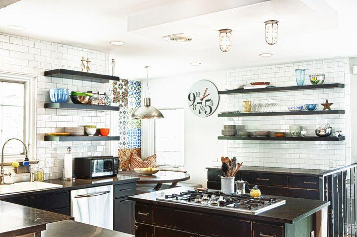 Contemporary Kitchen photo by Design Platform LLC
