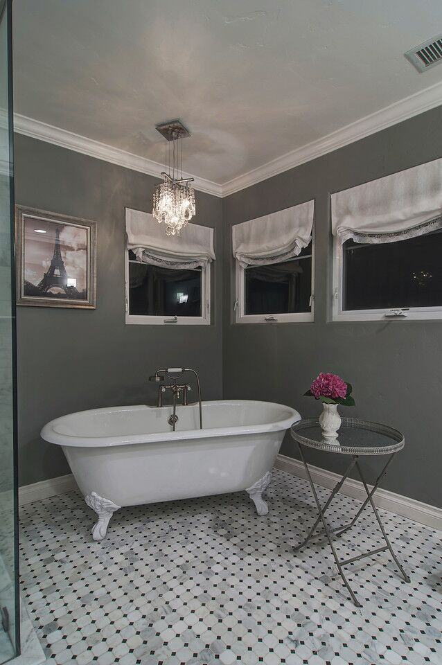 Contemporary Bathroom photo by London Jewell ID