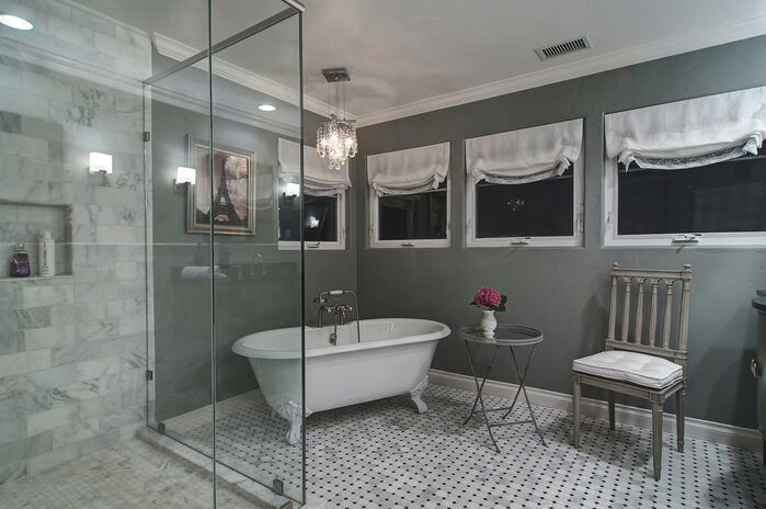 Modern Bathroom photo by London Jewell ID