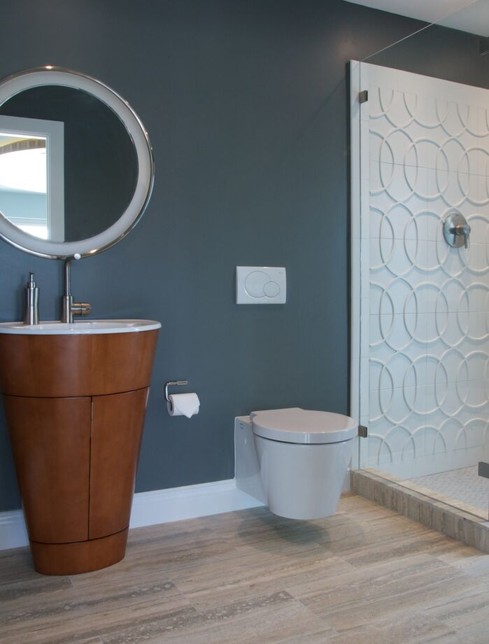 Modern Bathroom photo by Dawn Elise Interiors