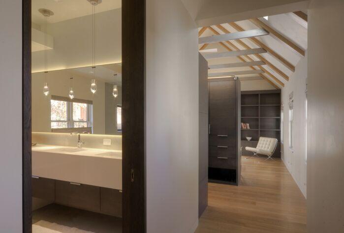Modern Entryway and Hallway photo by Studio Frank