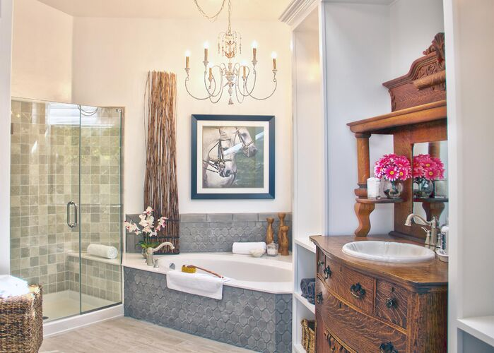 Eclectic Bathroom photo by Daystar Design Lab