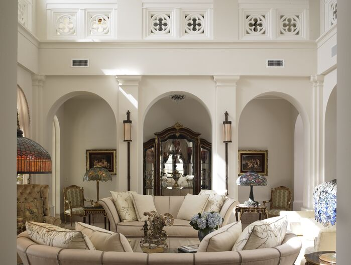 Traditional Living Room photo by B. Pila Design Studio